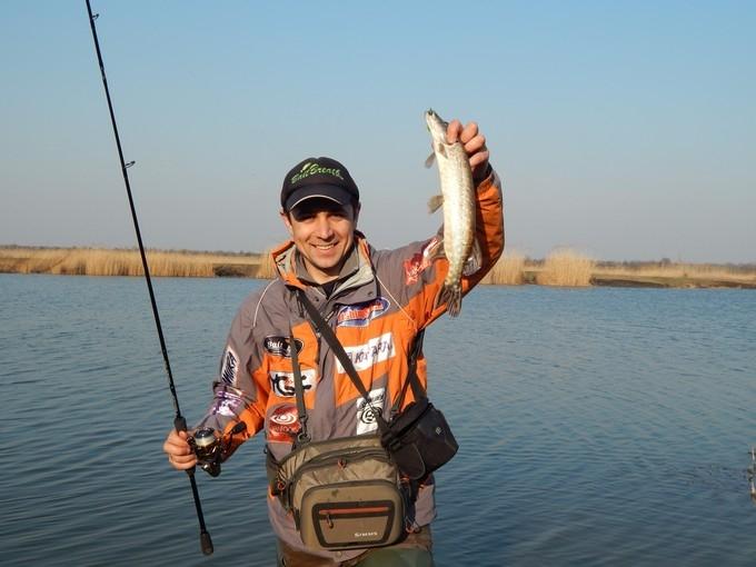 http://fishingstock.ua/upload/iblock/1a3/1a3ef60ddbd2ea8b3d606e7ff5221746.jpg