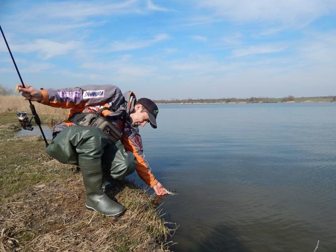 http://fishingstock.ua/upload/iblock/50d/50d96fefabc0ecbc4d2340a6e6d98d06.jpg