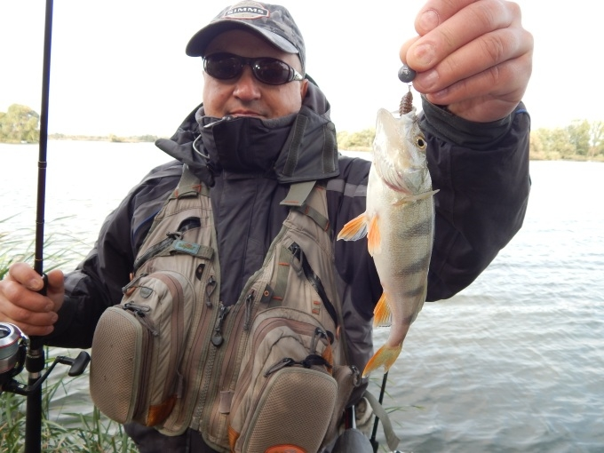 http://fishingstock.ua/upload/iblock/5c6/5c6cefba1124049cc165eac0ac9a838a.jpg