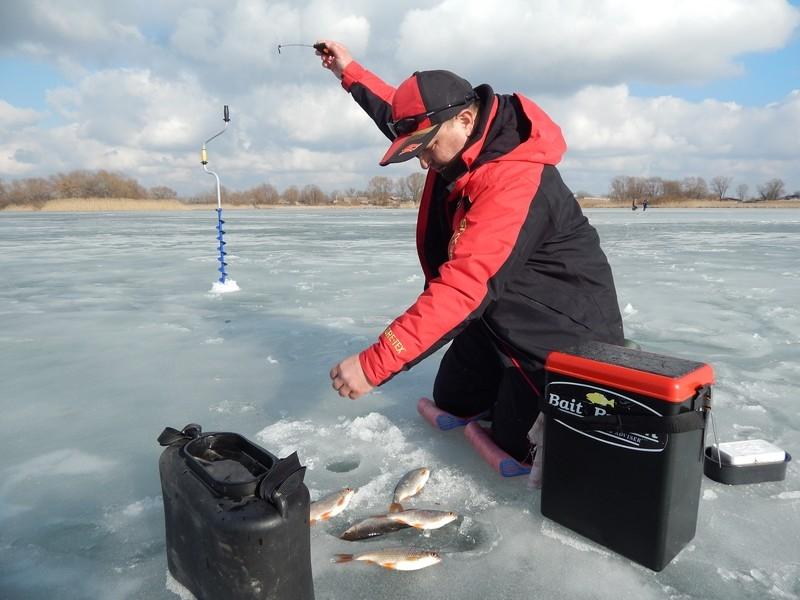 http://fishingstock.ua/upload/iblock/8b8/8b806d5ce569ab96a30a1f93148c9cb4.jpg